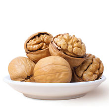 Xingjiang Light Color Thin Shell Walnuts in shell  for sale