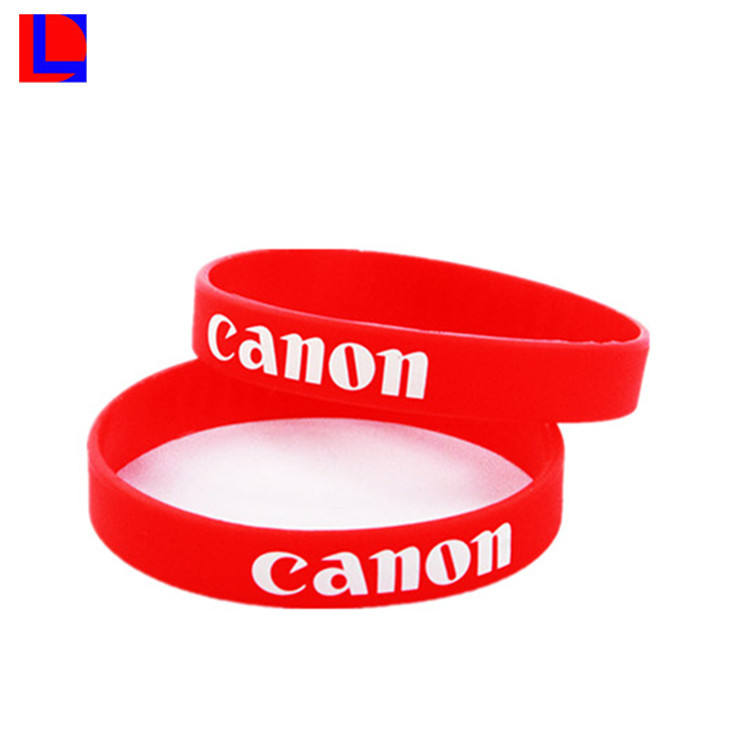 Hoge Kwaliteit Aangepaste <span class=keywords><strong>Siliconen</strong></span> Rubber Armband