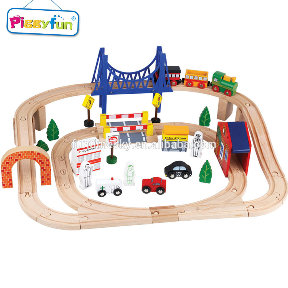 New Products 2019 Wooden Train Track Set with custom all brand logo AT11964