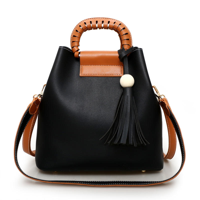 PU Wooden Ball Tassel Handbag Knitting Hollow-out Ladies Bag Wholesale