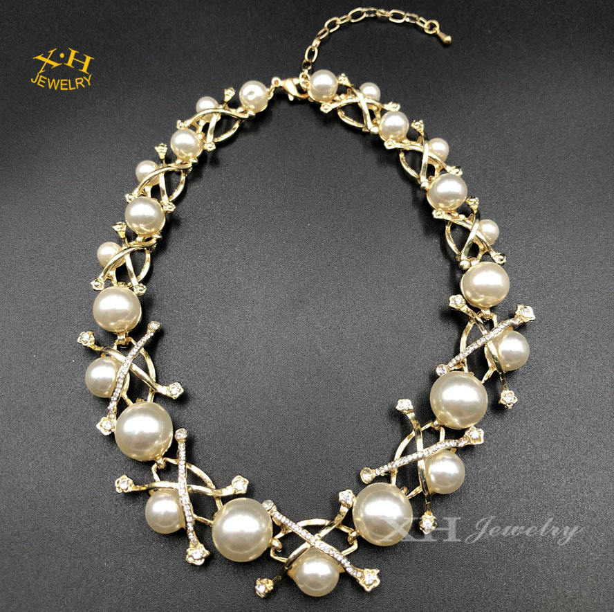 Fashion New Design Women's Pearl Necklace Statement Jewelry