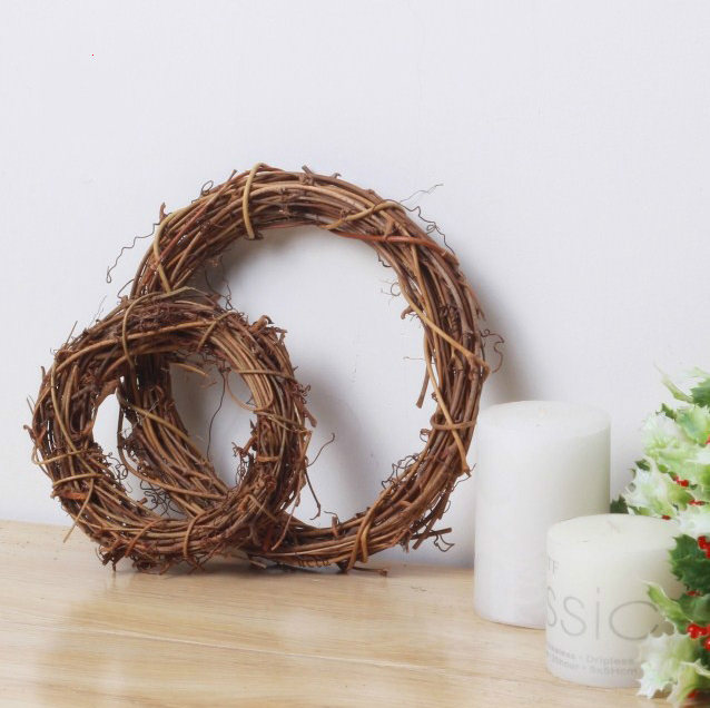 Natural Grapevine Rattan Wreaths Ring Christmas Circle Rattan Festive Shop Window Door Hanging
