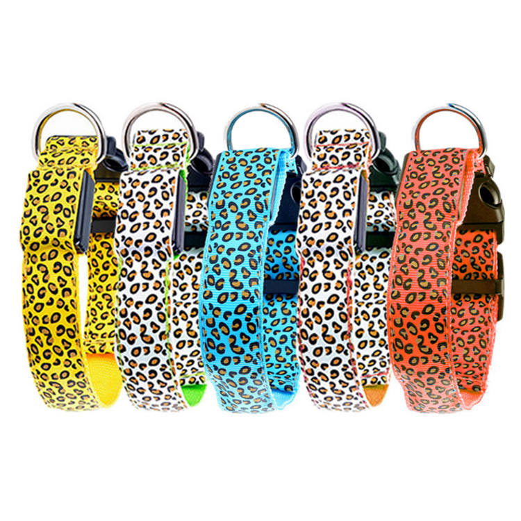 Wholesale Fashion Leopard Spotted Fluorescent Lines Flash Dog Pet Collar LED