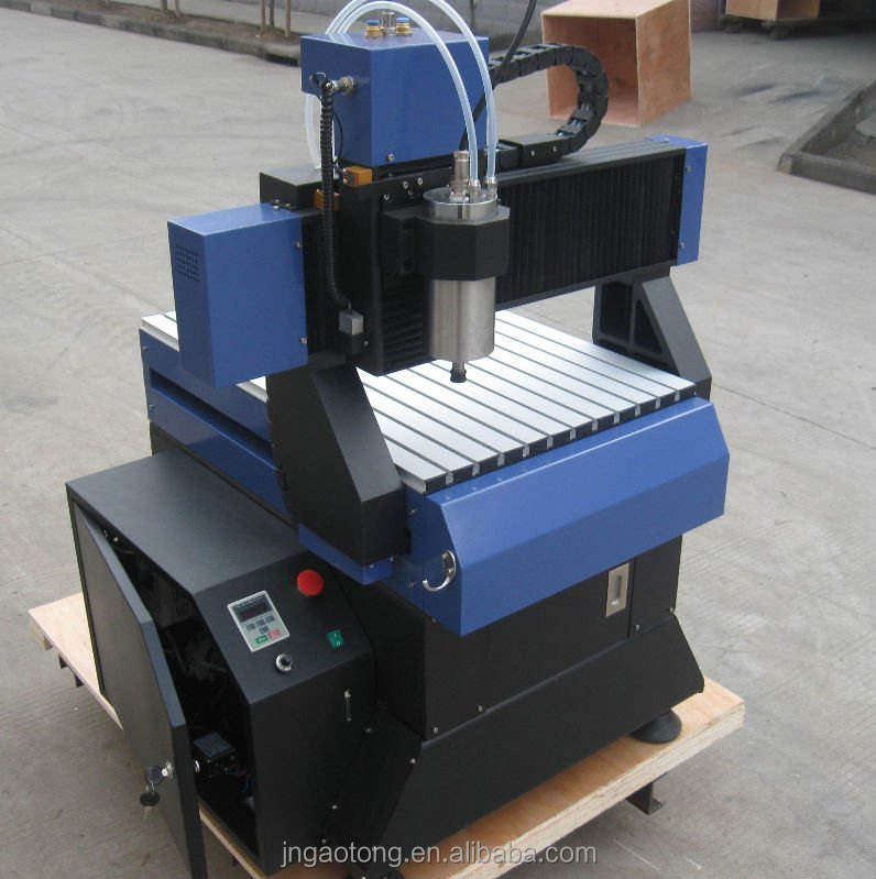 Low price&high quality small wood carving machine/used 3d cnc wood engraving machine 3040