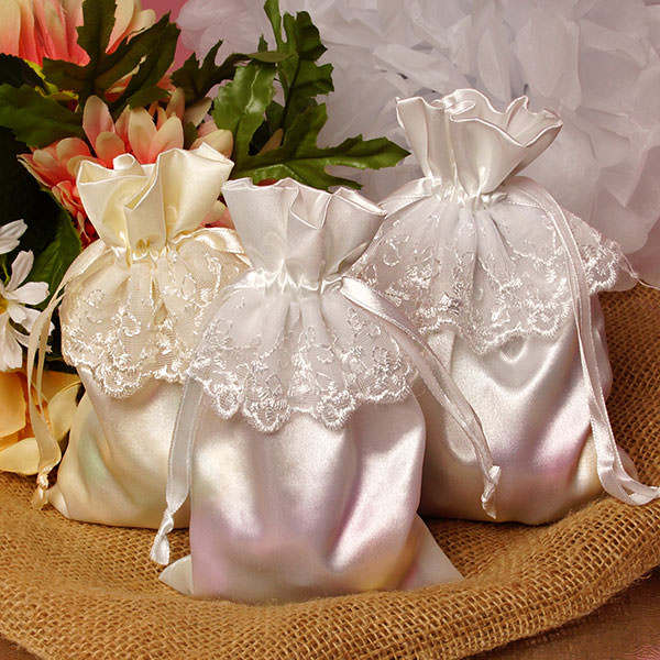 China fabrikant direct selling bedankje satijn tassen champagne satin bag satin pouch met kant