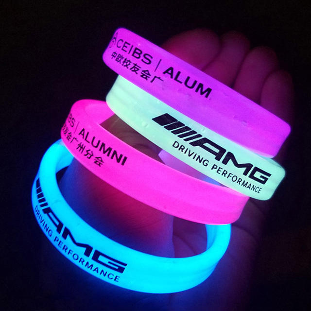 cheapest custom print debossed logo text color size glowing in the dark silicone bracelet