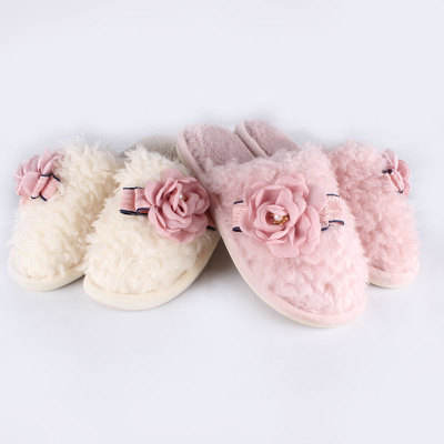 Winter unique thick bottom cute fashion indoor ladies plush slippers