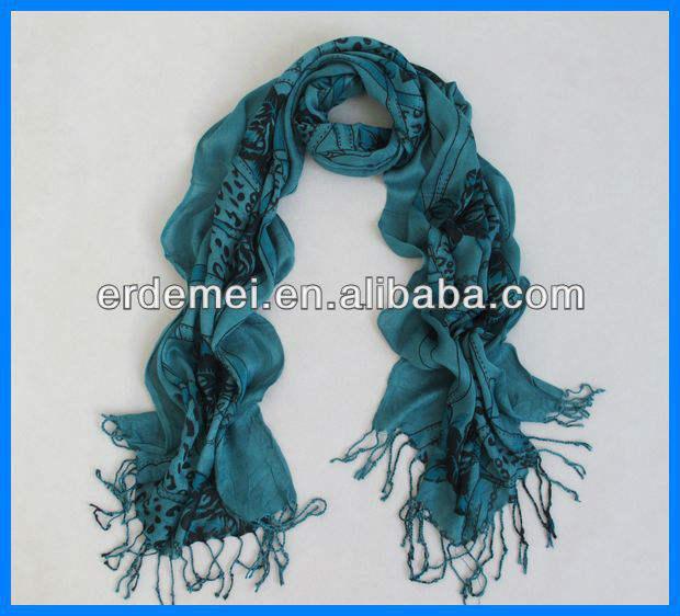 良好なデザインの女性イスラム教徒のヘッドスカーフ