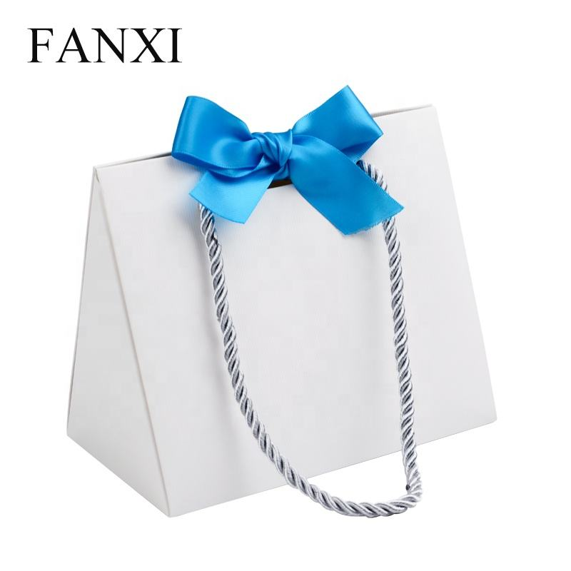 FANXI Custom White Paper Packaging Bag With Ribbon For Bracelet Ring Necklace Gift Jewelry Storage Packing Foldable Shopping Bag