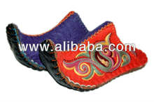 Eco craft slipper. Wool nepal slippers felt clog house shoes wholesale indoor winter slipper