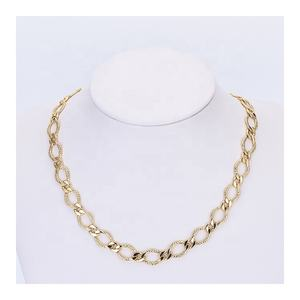 C12129 Hot Selling Trendy Wedding Hiphop Decorative Chain Links Short Gold Turkish Necklaces Fashion
