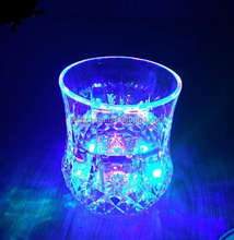 2017 Color Changing Pub Party Flashing Plastic Led Glasses LED Jar Cups Led Glass