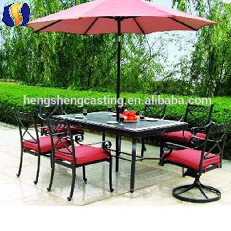 Metal cast frame antique garden table with 6 chairs