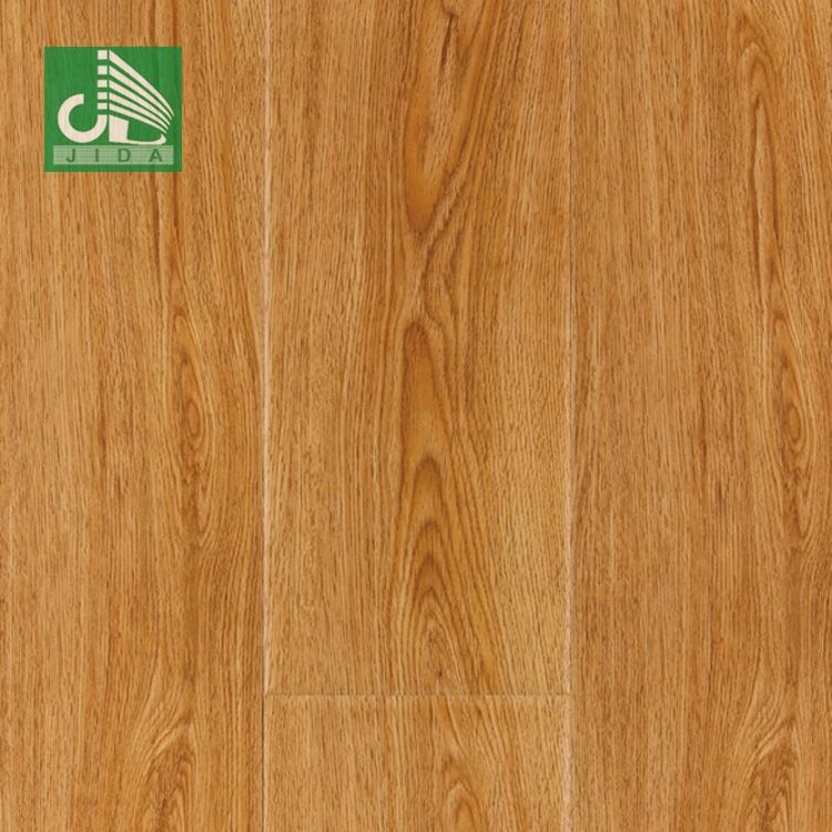 European Water Resistant Germany Technique Laminate Flooring 8 mm