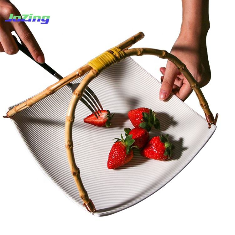 Creative Design Restaurant White Selling Durable Porcelain Sushi Plate with Hang Bamboo Handle