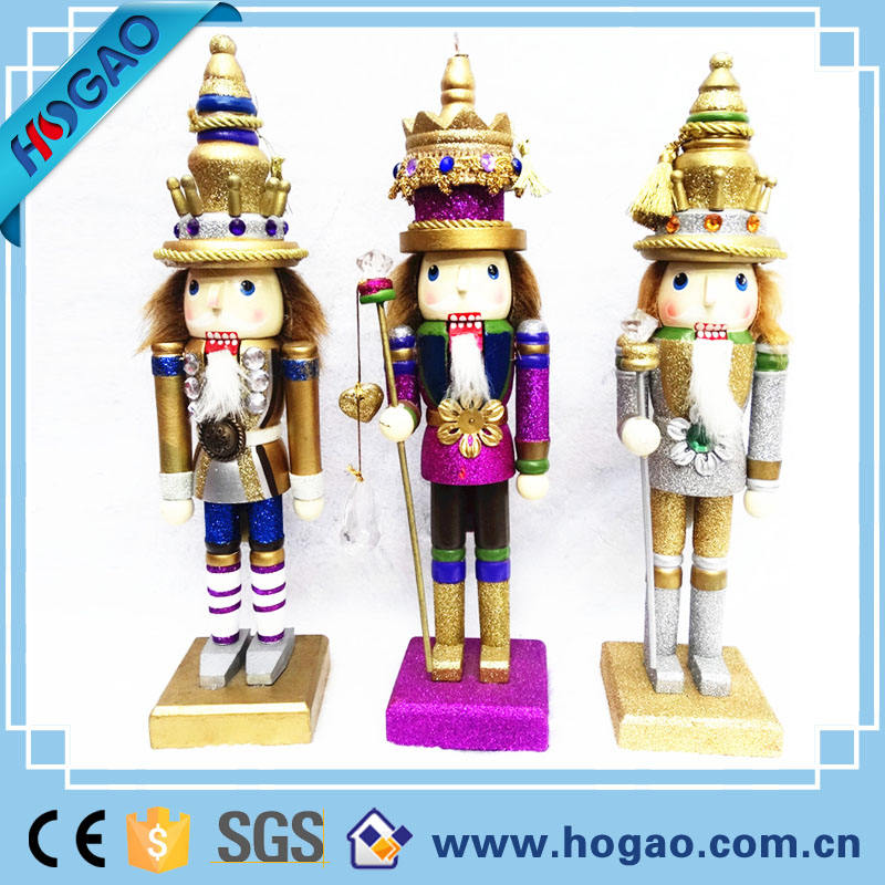 Different size resin nutcracker statue, polyresin nutcracker soldier for sale
