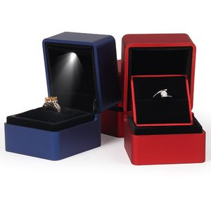 Jewelry packing Led light propose romantic rotating gift ring box