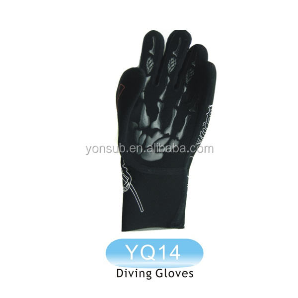 neoprene swimming diving glove protect hands under water