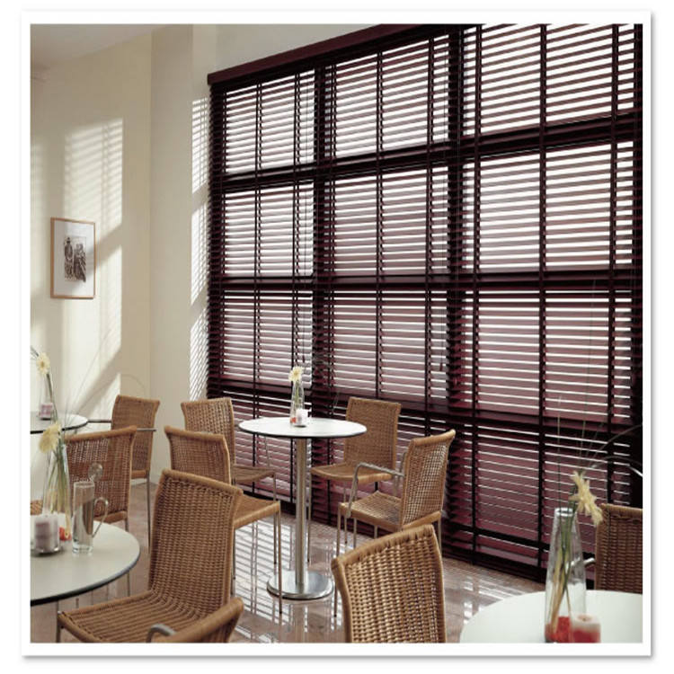Guangzhou classic pvc faux wood horizontal window venetian blinds