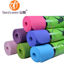 single layer 6mm TPE eco friendly anti slip yoga mat with carry strap rolls mat great color easy washable manufacturer price