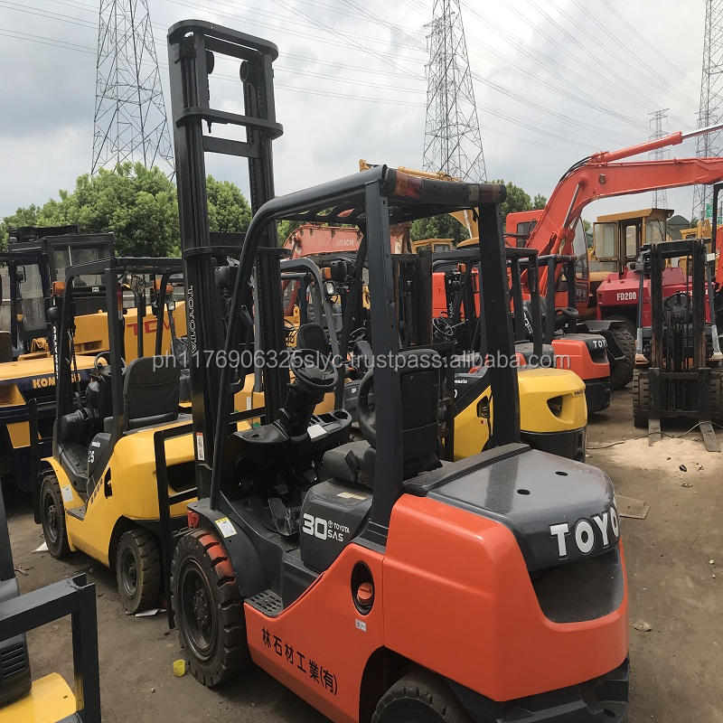 Low price 3 ton forklift ,used toyota manual forklift fd30 with solid tire made in Japan for sale in China