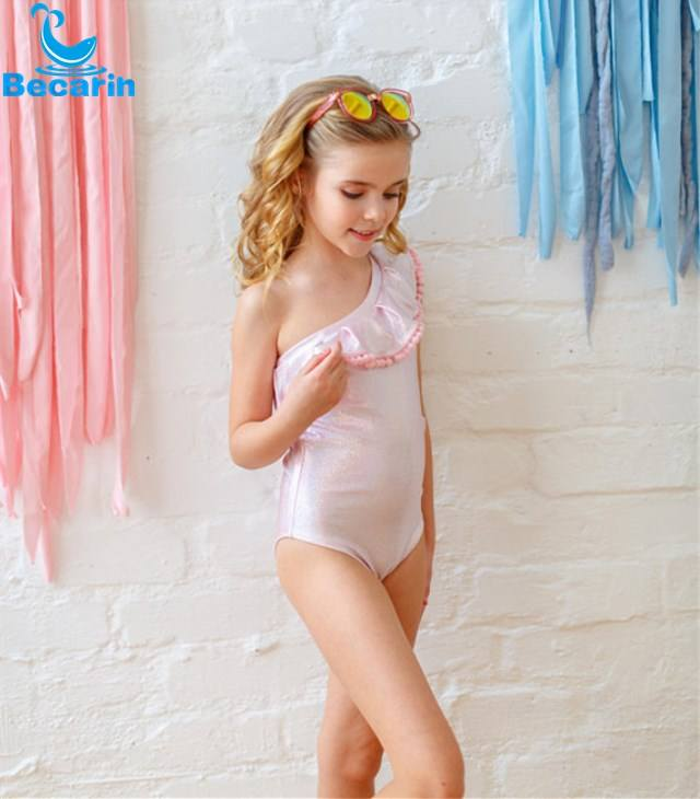 Low MOQ new products 2018 kids swimwear wholesale children bikini girls swimwear