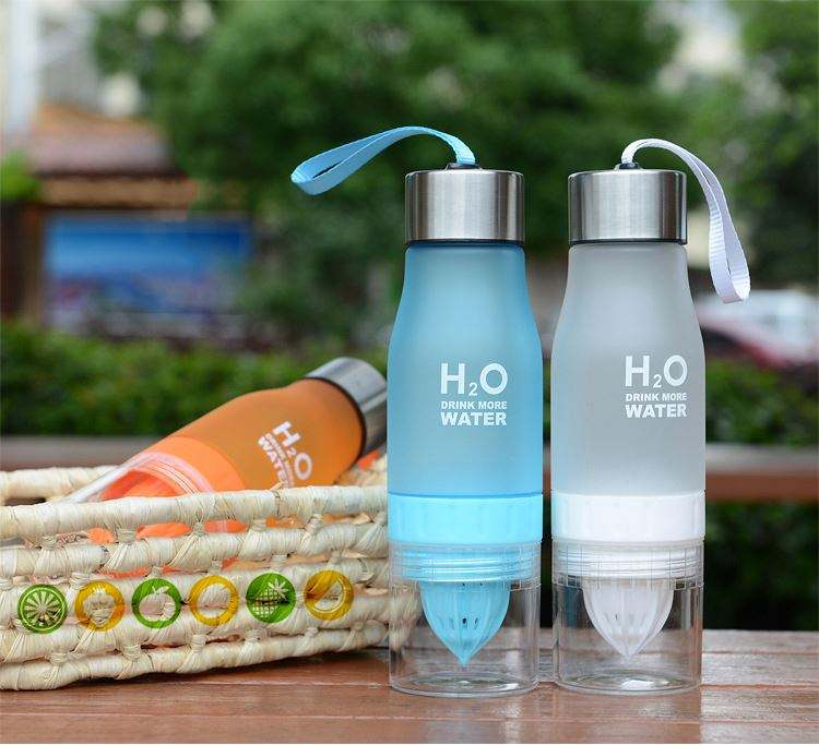 multi color fruit infuser plastic water drinking bottle