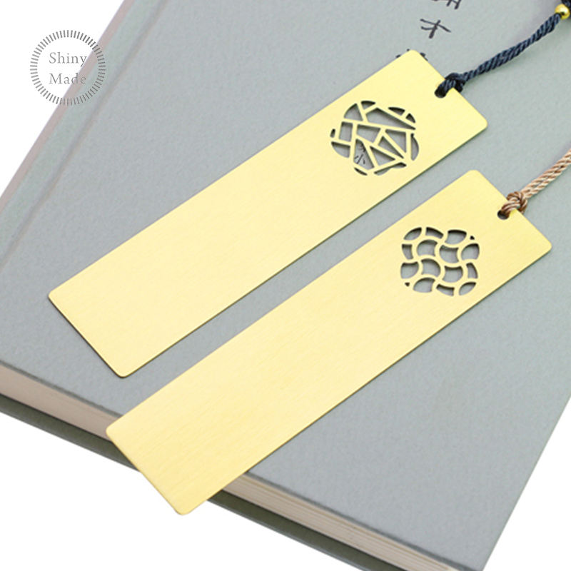 Free samples custom metal bookmark for gifts/gold etching metal bookmark