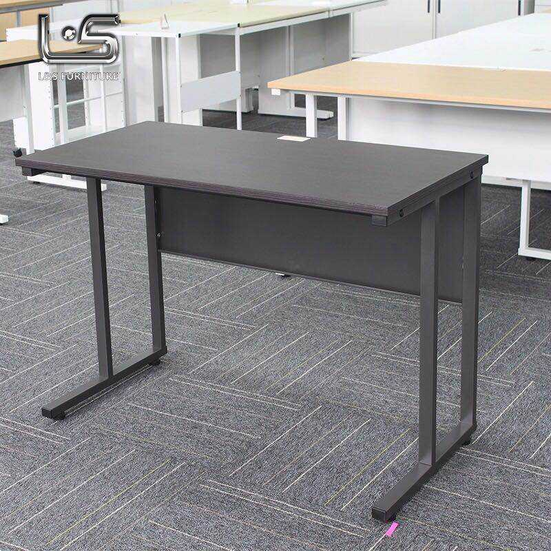 Excellent Quality Cost-Effective Home Office Staff Metal Desk With Metal Legs