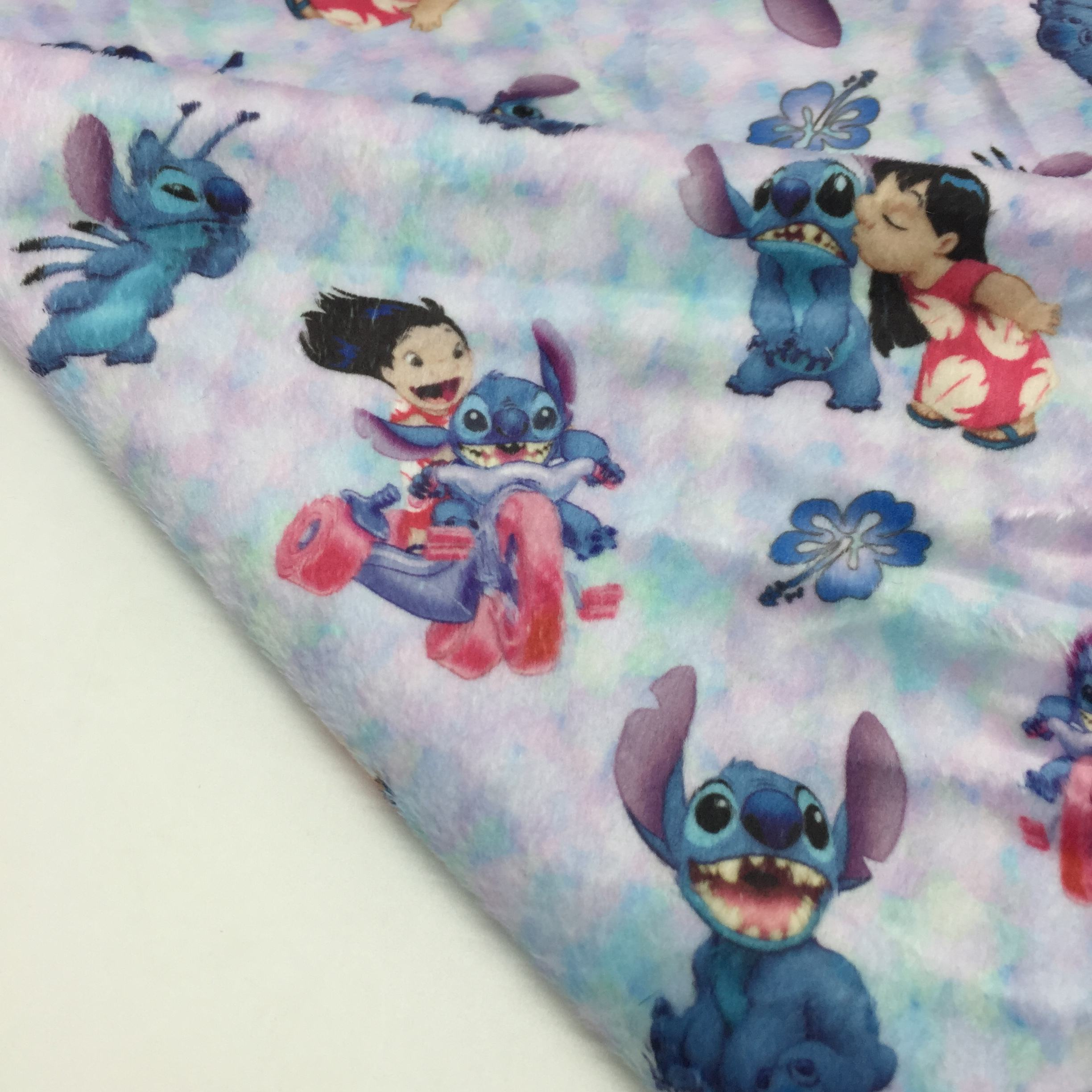 Chinese supplier digital printed 100% polyester plush minky fabric, custom printed, no MOQ