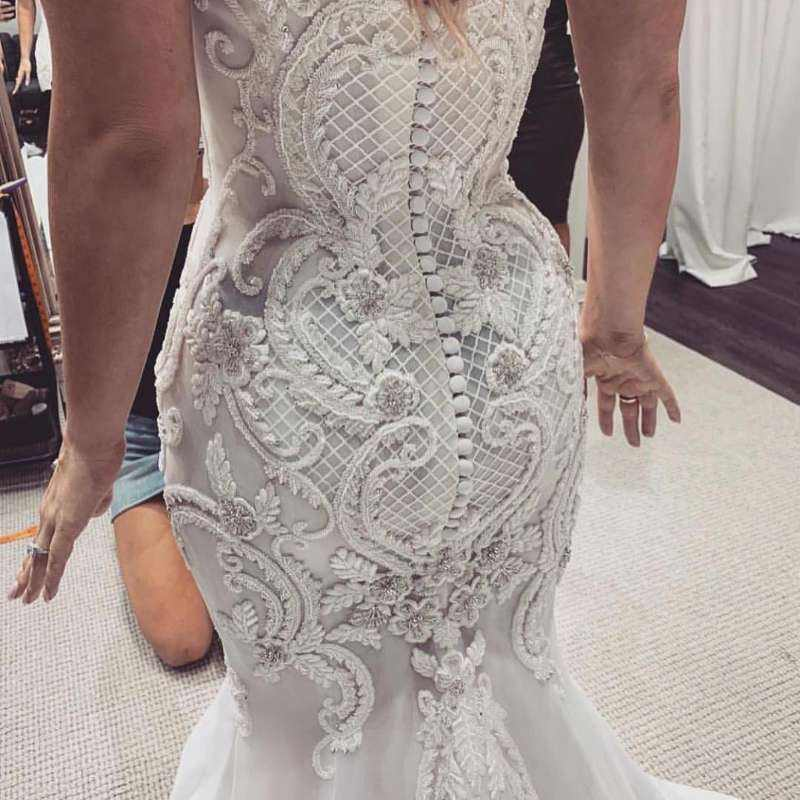 Sleeveless Lace Embroidery Sweetheart Backless Mermaid Backless Wedding Dress Gown Mermaid Bride Dress