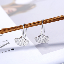 925 silver Korean simple and sweet ginkgo leaf earrings for women