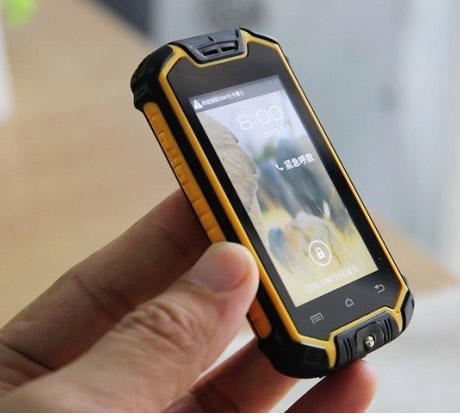 New Small Z18 Mini Waterproof Android Rugged Cell Phone with Dual SIM MTK6572 WIFI