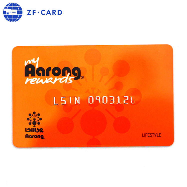 Credit Card Size CYMK Printing Embossed Number Customized Plastic PVC Barcode Card