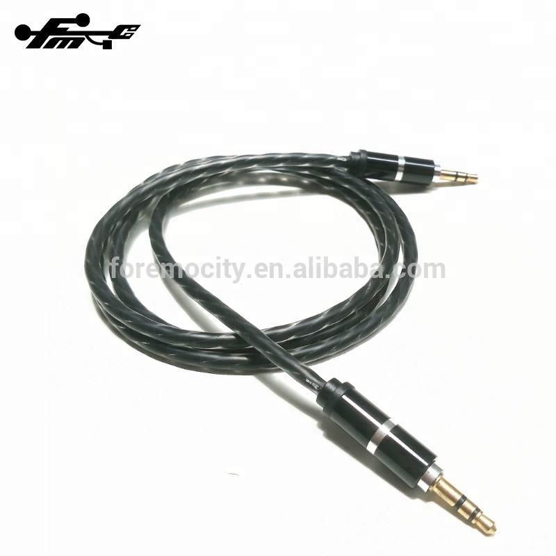 Carcasa de Metal retorcido de audio <span class=keywords><strong>auxiliar</strong></span> <span class=keywords><strong>cable</strong></span> del coche para video <span class=keywords><strong>cable</strong></span> <span class=keywords><strong>auxiliar</strong></span>