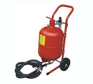 CE Approval 5 Gallon Portable Small Steel Sand Blasting Machine