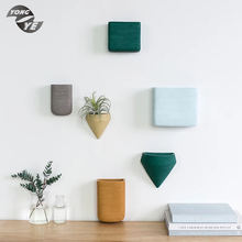 Western indoor elegant ornament various colors popular design home decoration ceramic wall hung vase