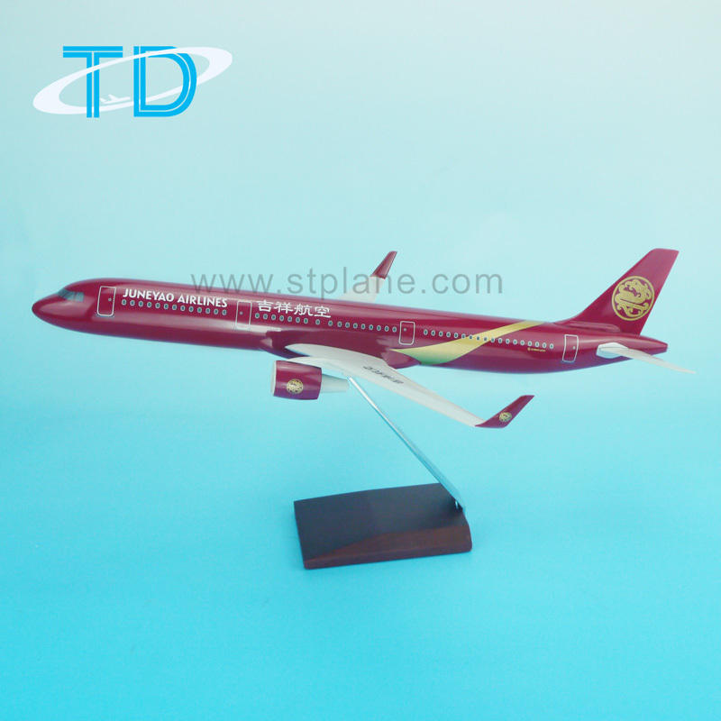 JUNE YAO AIRLines 1:100 Scale Model of Airbus 321