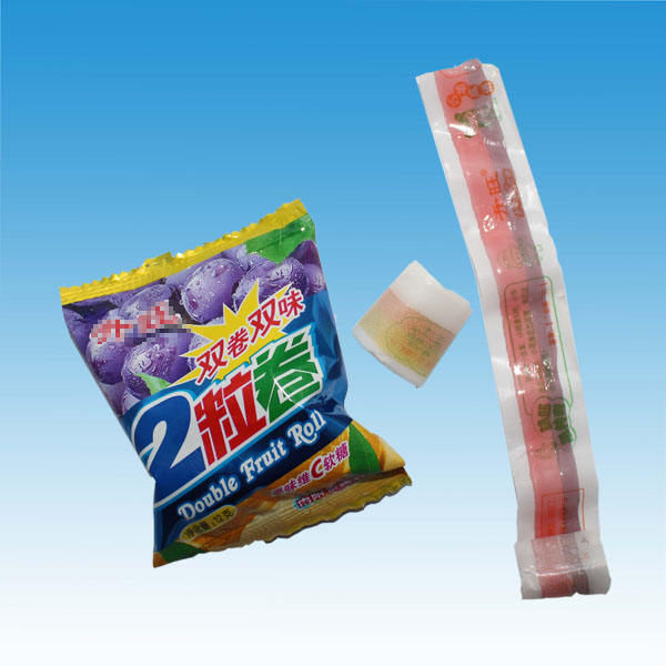 2 pieces 12g Double Color Sweet Fruit Soft Roll Candy