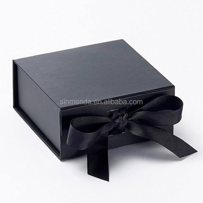 Custom Special Bow Tie Packaging black Gift Box with Lid Cardboard Paper Box for Tie