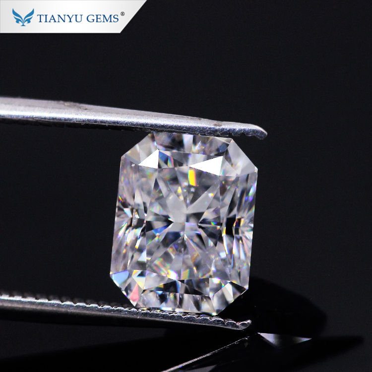 Tianyu Gemstone DEF GH VVS Elongated Rectangle Shape 10*12mm Radiant Crushed ice Cut Moissanite