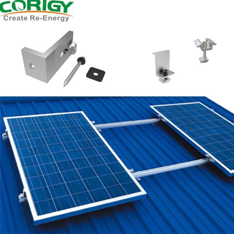 mái ngói nghiêng áp dụng hệ thống lắp đặt năng lượng mặt trời móc thép không gỉ