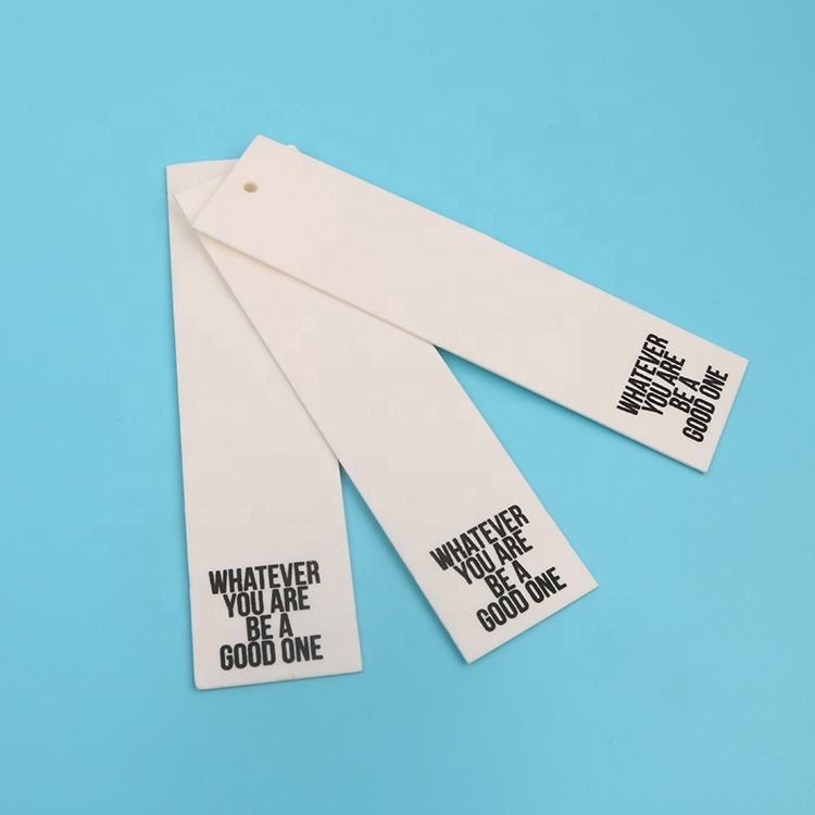 Eco-friendly Custom Stylish Printing Private Brand Logo Washable Paper Log Scarves Hang Tags in Bulk