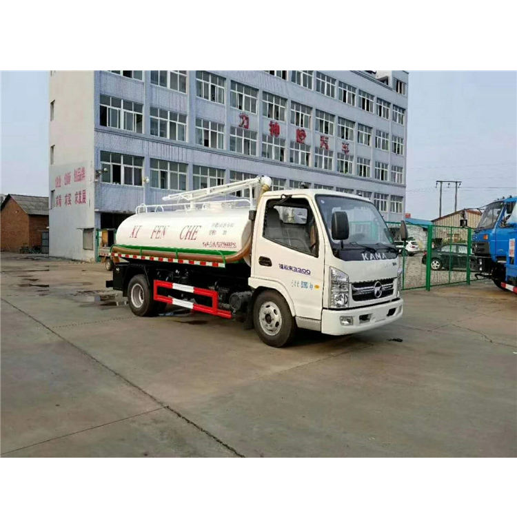 KAMA 88 HP Suction Truck With Poor Price