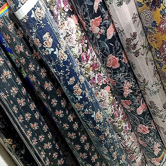 Factory price hot sale polyester printed bubble chiffon fabric stocklot for dress