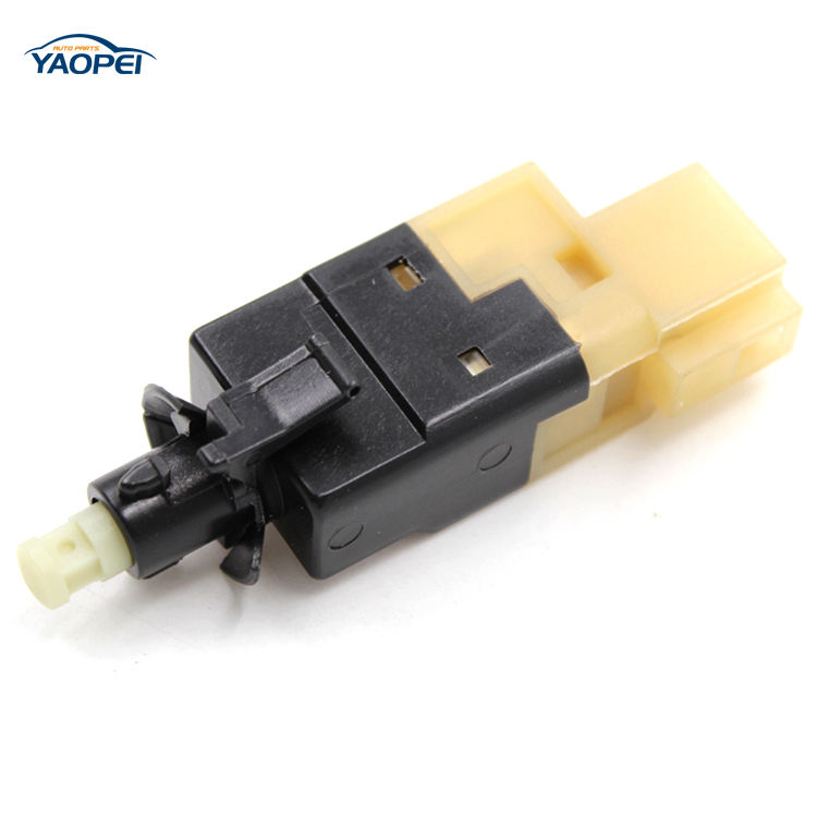Brake Stop Light Switch 4-pin Mercedes Brake Sprinter 2500 3500 ML320 ML430 New