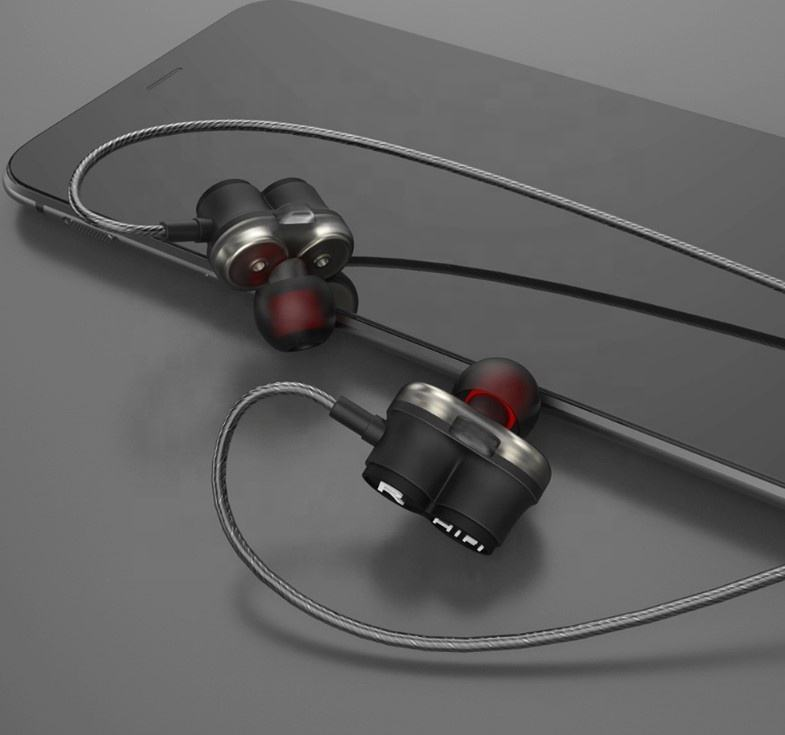 D-8 P4 PRO In Ear Earphone 4BA Drive Unit 4 Balanced Armature HIFI In Ear Monitoring Earphones With Microphone