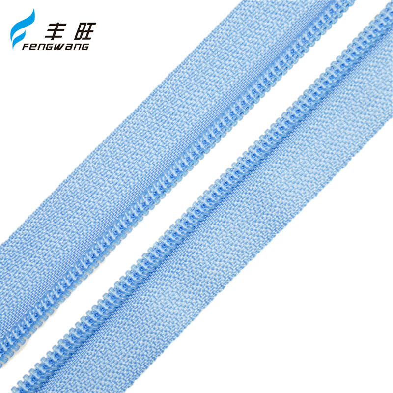 10 years guarantee guangzhou clothing zipper made in China