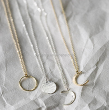 Hot sale wholesale Gold fill silver jewelry full moon shaped necklace
