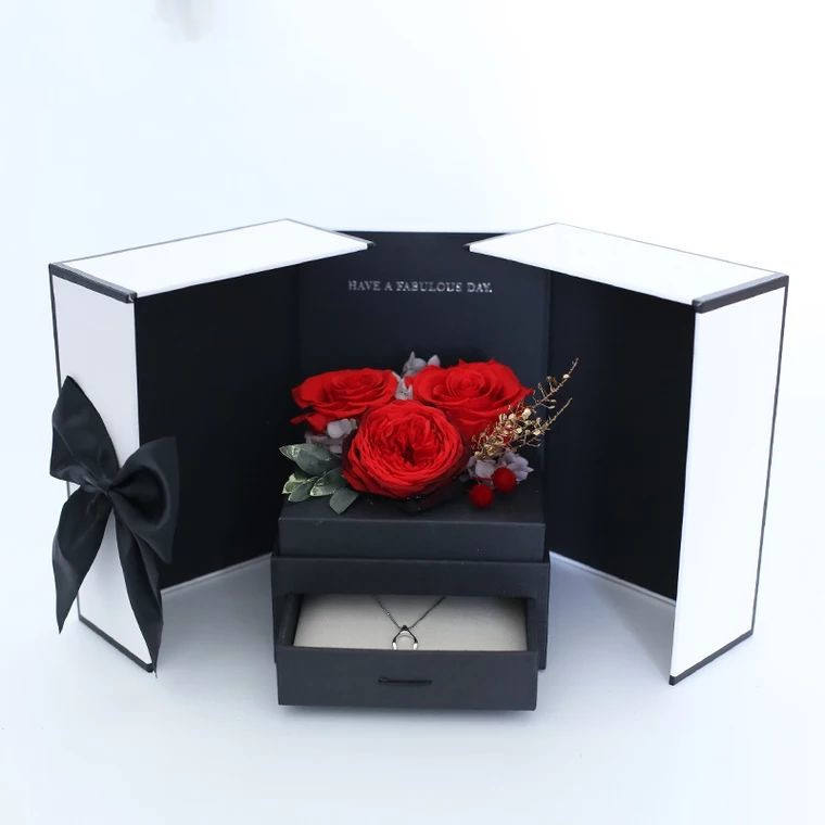 Romantic and Pragmatic Gift Preserved Roses Flower Eternal Roses In Box Gift